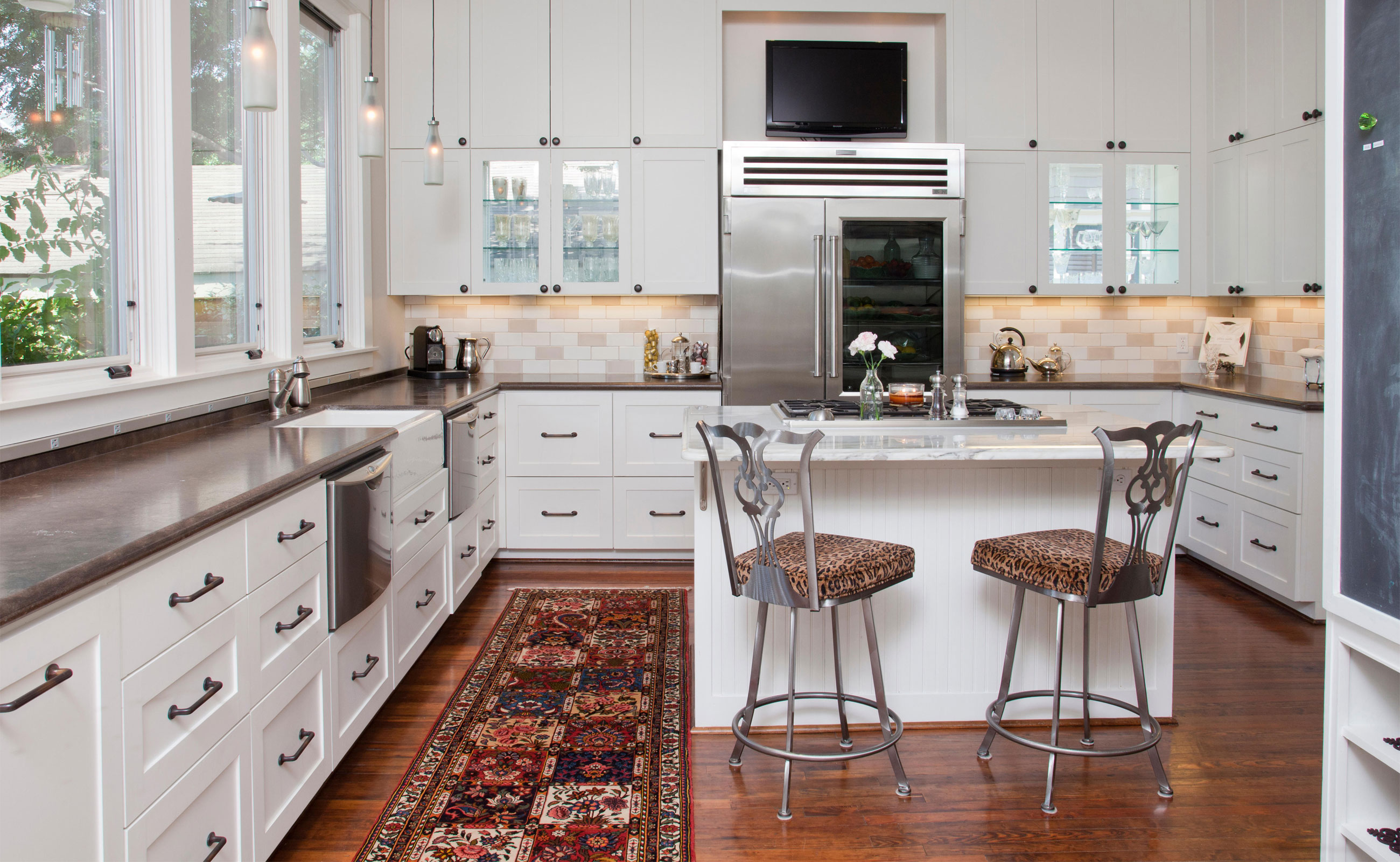 Traditional-Rug-Kitchen-1600x2600
